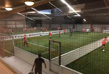 Günstiges Fussballtrainingslager Erlangen Soccerhalle dft-sports Kunstrasen Power Court
