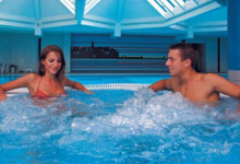 Top Fußballtrainingslager Maestral Kroatien dft-sports Wellnessbereich Pool